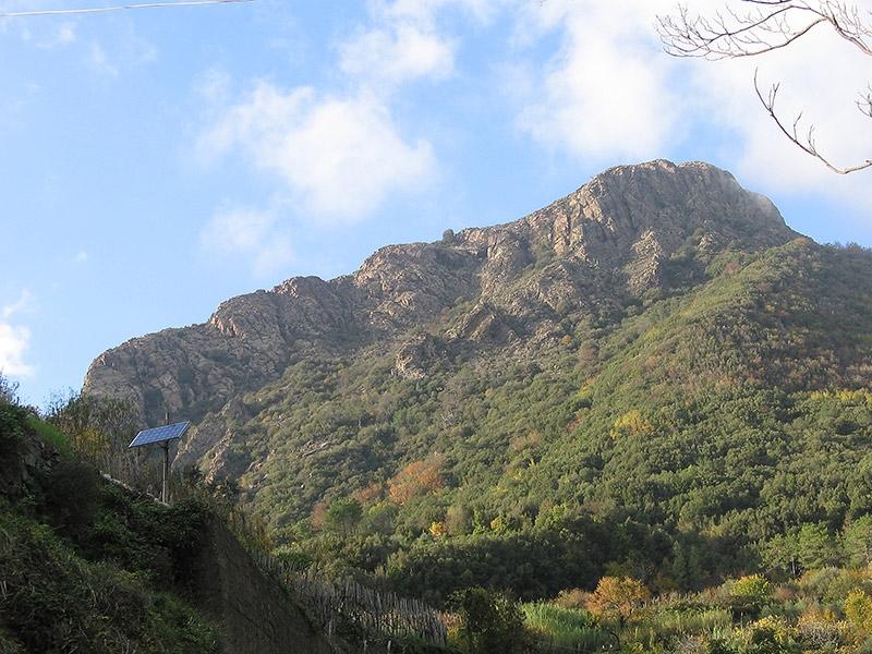 Monte Treggin 2 ore di cammino dal BB